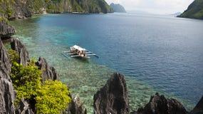 Landschaft von tropischer Insel stockbild