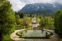 Landschaften im Park Linderhoff, Bayern, Deutschland Lizenzfreie Stockbilder
