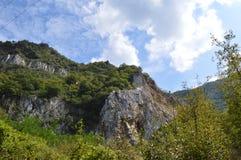 "Landschaften um Bachkovo-Kloster ""Assumption heiligen Virginâ€- stockbild"