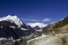Landschafthütte im österreichischen Apls stockbilder