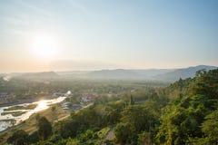 Landschaftsansicht ist- sch?nes Khun Dan Prakan Chon Dam, Nakhon Nayok, Thailand stockbild
