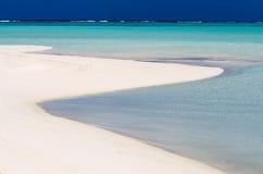 Landschaftsansicht von nackter Insel im Aitutaki-Lagunen-Koch Islands Stockbild