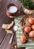 Landschaftsfrühstück mit Eiern Stockfoto
