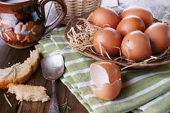 Landschaftsfrühstück mit Eiern Lizenzfreie Stockfotos