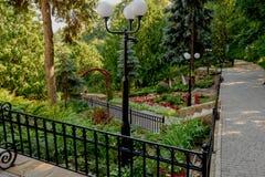 Landschaftsgestaltung im Park Lizenzfreie Stockbilder