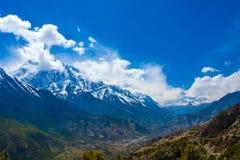 Landschaftsschnee-Gebirgsnatur-Standpunkt Gebirgstrekking gestaltet Hintergrund landschaftlich Niemand Foto Asien-Reise horizonta Stockfotos
