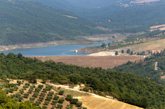 Landschap in Basilicata (Italië) bij de zomer stock afbeelding