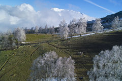 Landschap in de sneeuwberg Stock Afbeeldingen