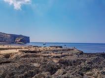 Landschap in Gozo met mensen royalty-vrije stock afbeeldingen