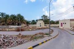 Landschap het bedekken de werken in een dorp in Oman stock afbeeldingen