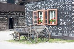 Landschap in het dorp Cicmany, Slowakije Stock Afbeeldingen