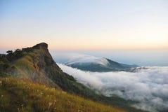 Landschap, het Overzees van Mist Stock Afbeeldingen