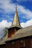 Landschap met de oude kerk in Noorwegen Royalty-vrije Stock Afbeeldingen