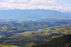 Landschap met heuvels en rivier van Nationaal park, Brazilië royalty-vrije stock fotografie