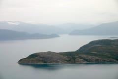 Landschap met norwajfjord stock foto