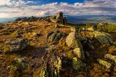 Landschap met steenstad stock foto