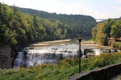 Landschap met waterval Royalty-vrije Stock Afbeeldingen