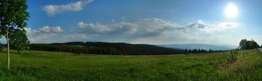 Landschap met zon Stock Afbeeldingen