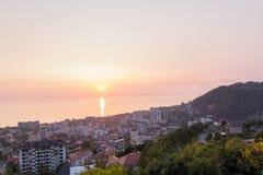 Landschap met zonsondergang op de Zwarte Zee Stock Afbeelding