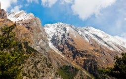 Landschap in Nepal/Himalayagebergte royalty-vrije stock foto