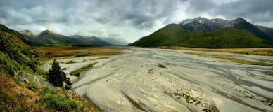 Landschap Nieuw Zeeland - Zuidelijke Alpen, de Pas van Arthurroyalty-vrije stock fotografie