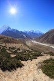 Landschap op de manier aan Everest-Basiskamp royalty-vrije stock foto's