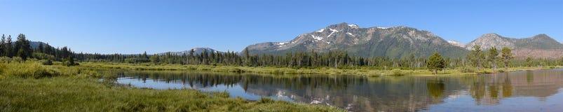 Landschap op Zuidenmeer Tahoe in Californië stock afbeeldingen