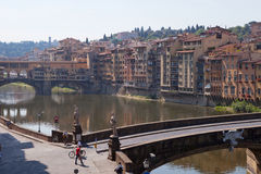 Landschap van Arno riverbank, Florence Stock Foto's