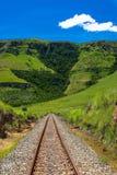Landschap van de Bergen van het Spoor van de spoorweg het Rechte Stock Foto's