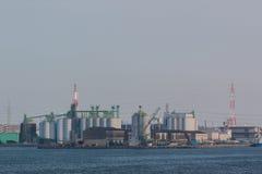 Landschap van de industrie bij haven royalty-vrije stock afbeeldingen