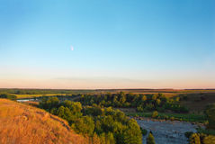 Landschap van de maan, bomen, gebied, rivier, vallei Royalty-vrije Stock Foto