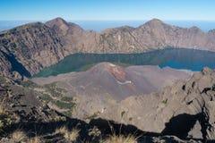 Landschap van de Rinjani het actieve vulkaan, Lombok-eiland, Indonesië Stock Foto's