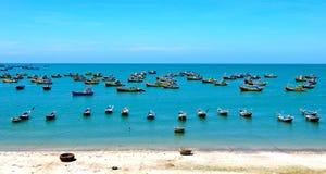 Landschap van de visserij van dorp stock foto's