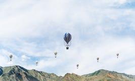 Landschap van de de zomer het kleurrijke berg Royalty-vrije Stock Afbeeldingen