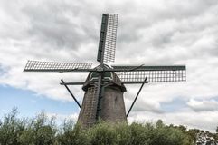 Landschap van een Nederlandse windmolen stock foto's