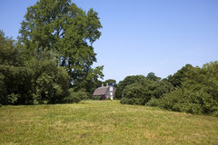 Landschap van een oude rustieke schuur. Royalty-vrije Stock Foto