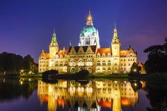 Landschap van het Nieuwe Stadhuis in Hanover, Duitsland Royalty-vrije Stock Afbeeldingen