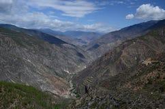 Landschap van het noorden Yunnan, China stock afbeeldingen