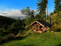 landschap van het plattelandshuisje stock fotografie