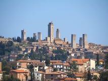 Landschap van het prachtige dorp van San Gimignano Een Unesco-werelderfenis Toscanië, Italië royalty-vrije stock foto's