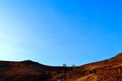 landschap van heuvels bij kutastrand lombok stock afbeelding