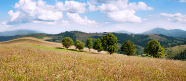 Landschap van heuvels en bergen Royalty-vrije Stock Afbeeldingen
