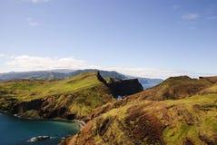 Landschap van Heuvels en Overzees Stock Afbeeldingen