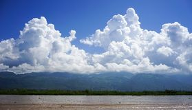 Landschap van Inle-Meer, Myanmar stock afbeeldingen