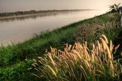 Landschap van Khong-rivier stock afbeelding
