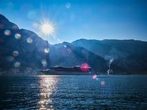 Landschap van Kotor-Baai in Montenegro Berg, overzees, aard royalty-vrije stock fotografie