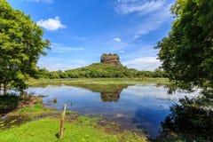 Landschap van leeuwrots in Sigiriya in Sri Lanka Stock Afbeeldingen