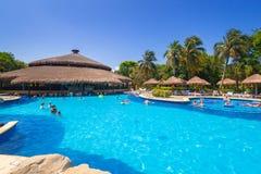 Landschap van luxe zwembad bij RIU Tequila Royalty-vrije Stock Afbeeldingen
