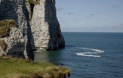 Landschap van overzees en berg Stock Foto