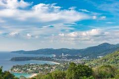 Landschap van Phuket-Meningspunt, Karon-Strand, Kata Beach, Genomen F Royalty-vrije Stock Foto